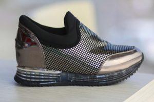 pantofi-sport-avio-gri