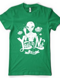 tshirt-alien-you-are-not-alone