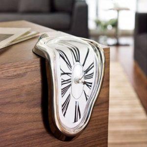 ceas-suprarealist-by-salvador-dali-2