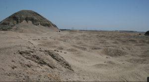 hawara-pyramid-labyrinth-underground